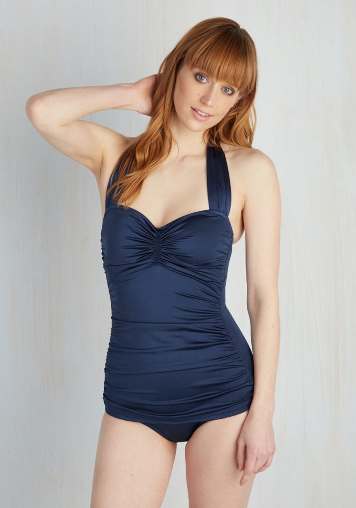 navy_ruched_onepiece_swimsuit
