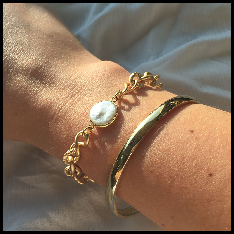 white-dress-bracelets